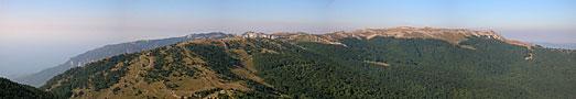 Вид Гурзуфскую и Никитскую яйлы, вершину Демир-Капу
