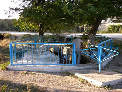Источник в селе Гончарное